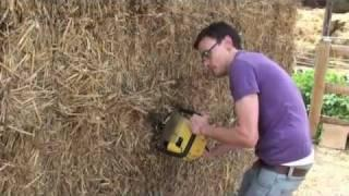 Build a shed from straw bales