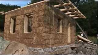 Build a Strawbale House in One Month