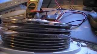 Zuschauer Prototypen - Tesla Turbine mit integriertem Generator
