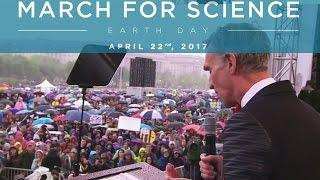 "Bill Nye at Huge Science March Crowd ""Science Must Shape Policy!"""
