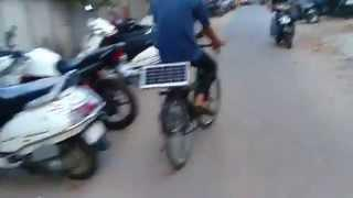 Electric cycle using solar charger