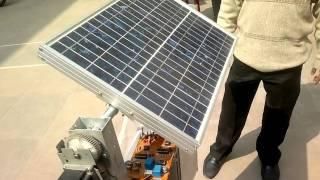 Solar tracker with gear mechanism.mp4