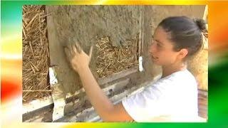 How to Build A Low Cost Eco House (Make Earthen Plaster For Sustainable House Building)