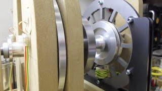 Pulse Motor - Single Phase Generator Update 3, Coil shorted & Coil loaded test @ 3000(ish) rpm...
