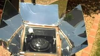 demo of two solar ovens--homemade and commercial