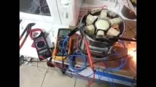 Generador sin freno, acelera en carga. Energía ilimitada!! (En desarrollo)