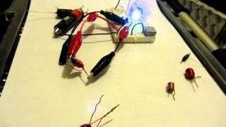 Toroid-less Joule Thief running without a ferrite core