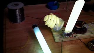 Joule thief lighting three CFL bulbs