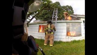 House Fire, vertical ventilation, Lots of Fire! Flashover! Backdraft!