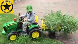TOY TRACTOR for CHILDREN JOHN DEERE Peg Perego Ground Force - Death of the Mega Thistle