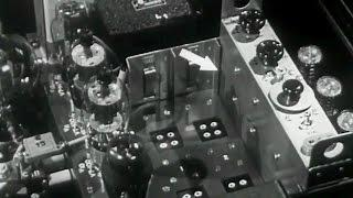 "Shortwave Radio in World War II: ""Voice of Victory"" 1944 Hallicrafters"