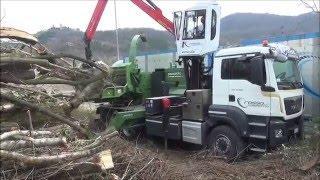 PTH 1200-820 Hackertruck Pezzolato drum wood chipper, MAN 480 Hp engine, EPSILON PALFINGER crane