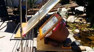 Fresnel lens solar cooker