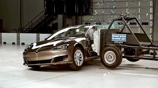 Tesla Model S Crash Test - Collision Test 2017