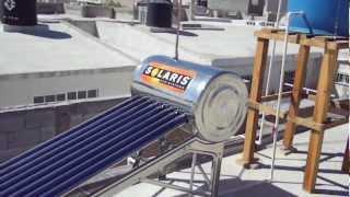 TERMINANDO DE INSTALAR UN BOILER SOLAR DE TUBOS AL VACIO 2013
