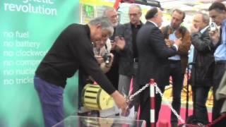 Running Yildiz Magnet Motor at Inventors Expo April 10 12, 2013, Geneva, Switzerland   YouTube