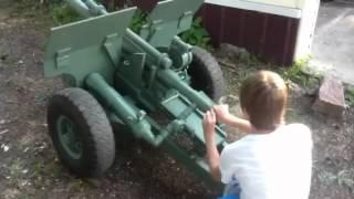 1/2 Scale 105mm Howitzer - Compressed Air Cannon