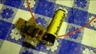 Amazing Joule Thief Lights 200 LEDs On A Single AA Battery!!