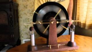 Voss Electrostatic Generator